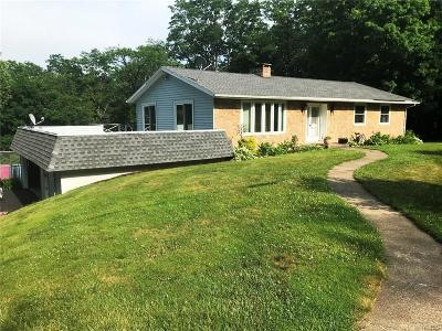 Hanover NY Single Family Home A-Active: $179,900