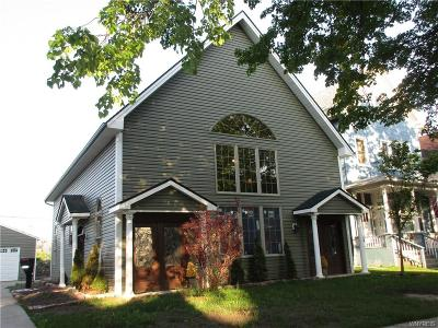 Erie County Single Family Home A-Active: 762 Columbus Parkway