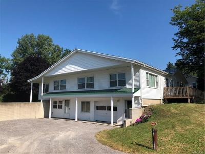Genesee County Multi Family 2-4 A-Active: 8974 Read Road