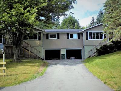 Pembroke Multi Family 2-4 A-Active: 1261 Phelps Road