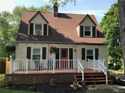 Lewiston Single Family Home P-Pending Sale: 4932 Creek Road Extension