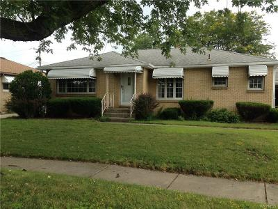 Cheektowaga Single Family Home A-Active: 7 Santin Drive