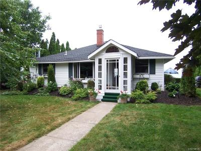 Niagara County Single Family Home U-Under Contract: 5713 West Bluff