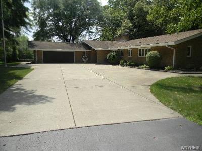 Niagara County Single Family Home A-Active: 5144 Dana Drive