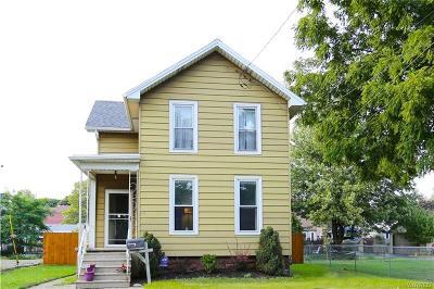 Niagara County Single Family Home A-Active: 522 East Goundry Street