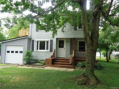 Erie County Multi Family 2-4 A-Active: 6478 Putnam Drive