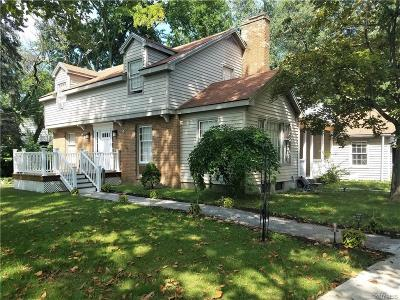 Amherst Single Family Home U-Under Contract: 388 North Ellicott Creek Road