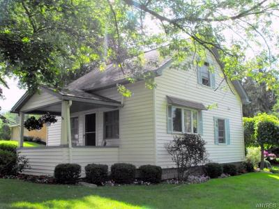 Single Family Home U-Under Contract: 4350 Lake Avenue