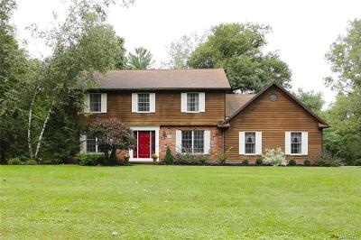 Orchard Park Single Family Home A-Active: 39 Timberlake Drive