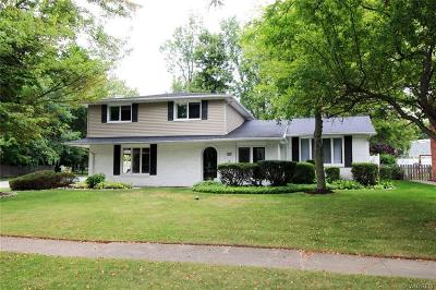 Williamsville NY Single Family Home U-Under Contract: $269,888