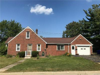 Erie County Single Family Home A-Active: 5 Belmont Drive