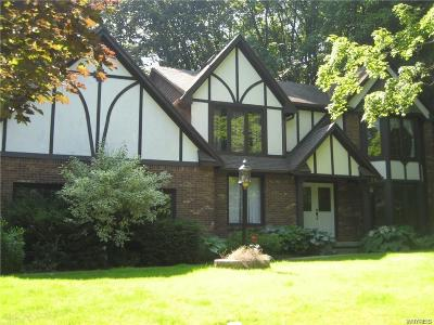 Orchard Park Single Family Home A-Active: 136 Middlebury Road