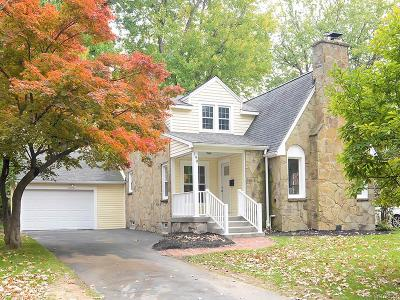 Amherst Single Family Home A-Active: 190 Amherstdale Road