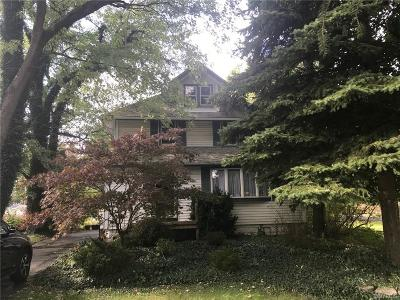 North Tonawanda Multi Family 2-4 A-Active: 1102 Niagara Falls Boulevard