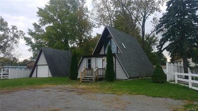 North Tonawanda Single Family Home A-Active: 3090 Niagara Falls Boulevard South