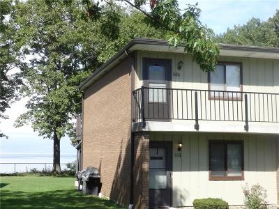 Condo/Townhouse A-Active: 501 Edgewater Drive #5D