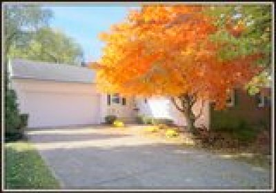 Single Family Home A-Active: 109 Willowgrove Court