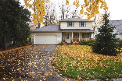 Lewiston NY Single Family Home A-Active: $209,900