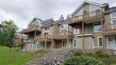 Condo/Townhouse A-Active: 514 Deer Crossing/Fox Ridge