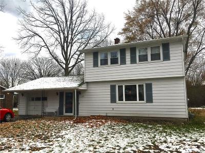 Lewiston NY Single Family Home A-Active: $172,900