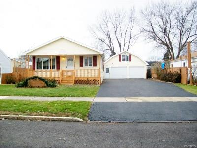 Niagara Falls Single Family Home P-Pending Sale: 1052 100th Street