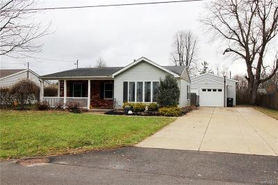 Lancaster NY Single Family Home P-Pending Sale: $134,888