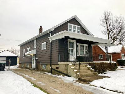 Single Family Home A-Active: 141 Claremont Avenue