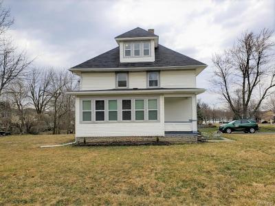 Erie County Single Family Home A-Active: 17 Saber Lane