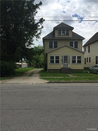Lancaster Multi Family 2-4 A-Active: 72 Sawyer Avenue