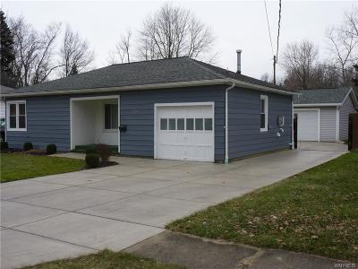 North Tonawanda Single Family Home A-Active: 124 Roncroff Drive