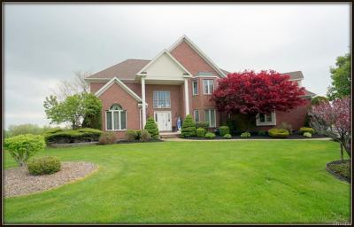 Niagara County Single Family Home A-Active: 5468 Pinecrest Drive