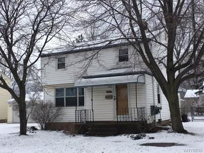Lewiston NY Single Family Home A-Active: $179,900