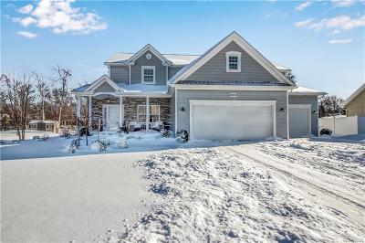 Erie County Single Family Home A-Active: 5883 Pinehurst Court