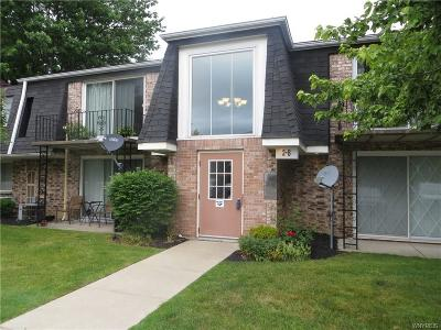 Condo/Townhouse A-Active: 6a Foxberry Drive #17