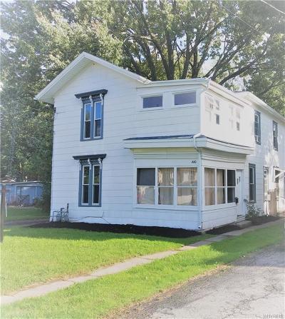 Niagara County Multi Family 2-4 A-Active: 440 Walnut Street