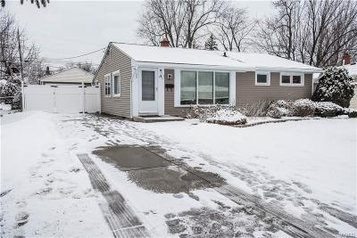 Amherst Single Family Home U-Under Contract: 78 Meadow Lea Drive