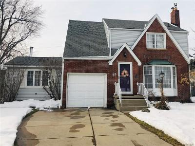 Amherst Single Family Home U-Under Contract: 93 Ridgewood Drive