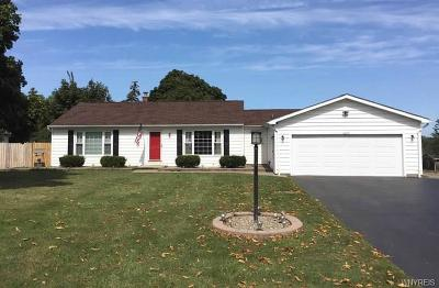 Lewiston Single Family Home P-Pending Sale: 2077 Ridge Road
