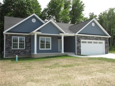 Lewiston NY Single Family Home A-Active: $369,900