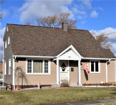 Niagara Falls Single Family Home A-Active: 4642 Patricia Drive