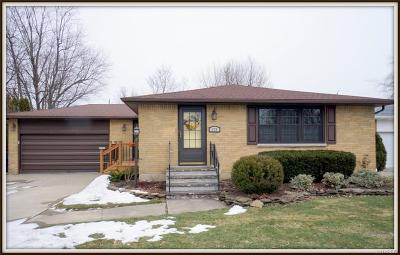 Williamsville Single Family Home U-Under Contract: 173 Clearfield Drive