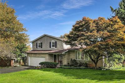 Williamsville Single Family Home A-Active: 4889 Clearview Drive