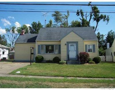 Orchard Park Single Family Home U-Under Contract: 83 Burmon Drive