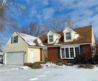 Orchard Park Single Family Home P-Pending Sale: 76 Candy Lane