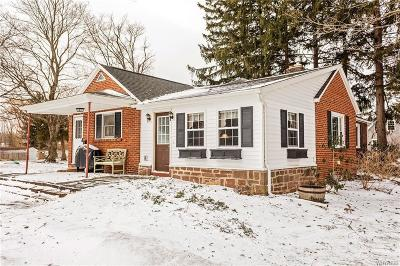 Genesee County Single Family Home A-Active: 3802 Pearl Street Road