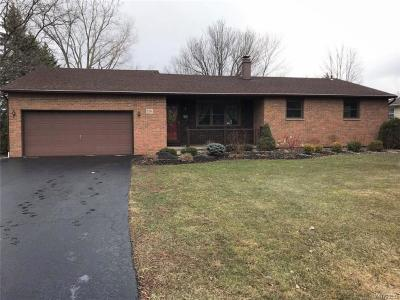 Niagara County Single Family Home A-Active: 7241 Graydon Drive
