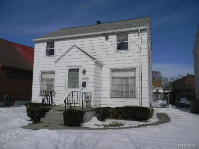 Niagara Falls Single Family Home P-Pending Sale: 2486 Independence Avenue