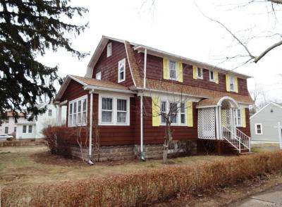 Single Family Home U-Under Contract: 257 Mill Street
