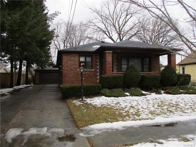 Niagara County Single Family Home P-Pending Sale: 608 78th Street
