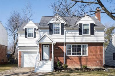 Erie County Single Family Home A-Active: 206 Ivyhurst Road